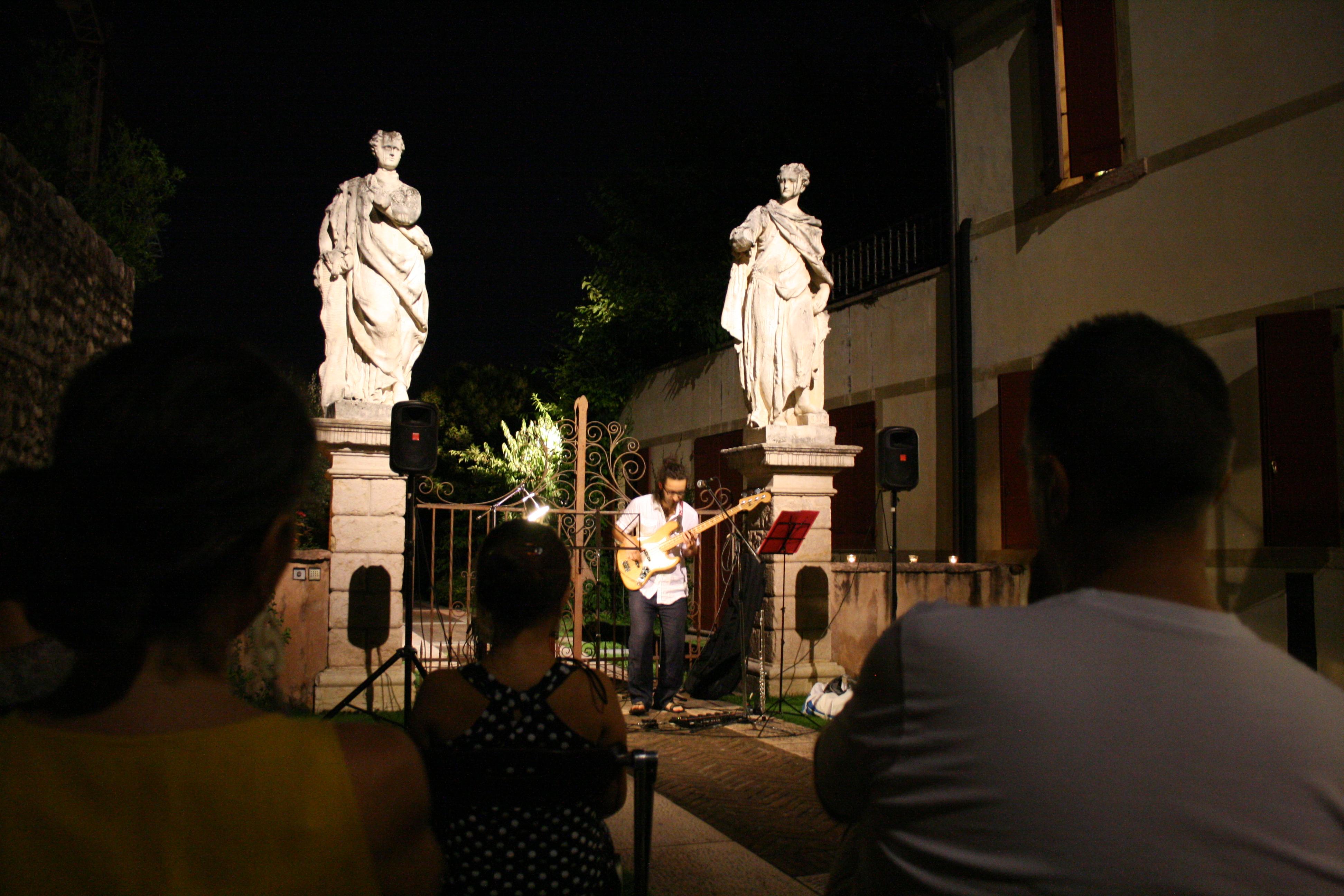 Abarico live in Palazzo Roberti
